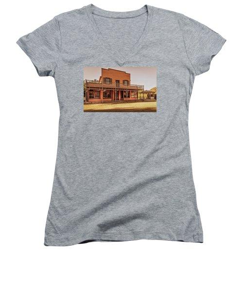 Paramount Ranch Saloon Women's V-Neck