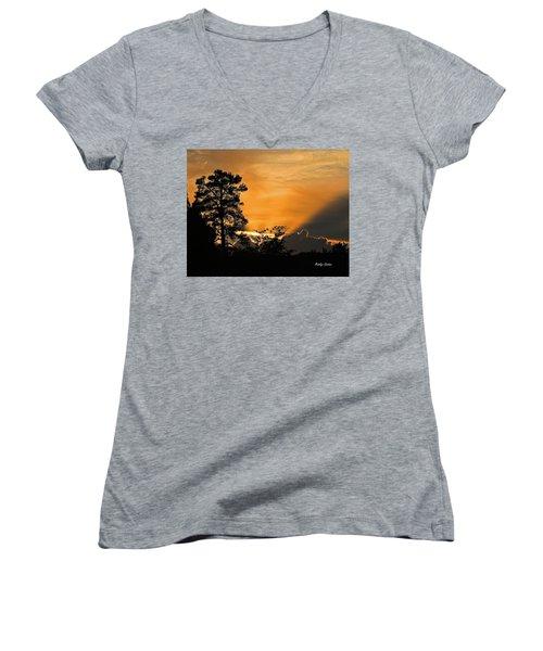 Payson Sunset Women's V-Neck