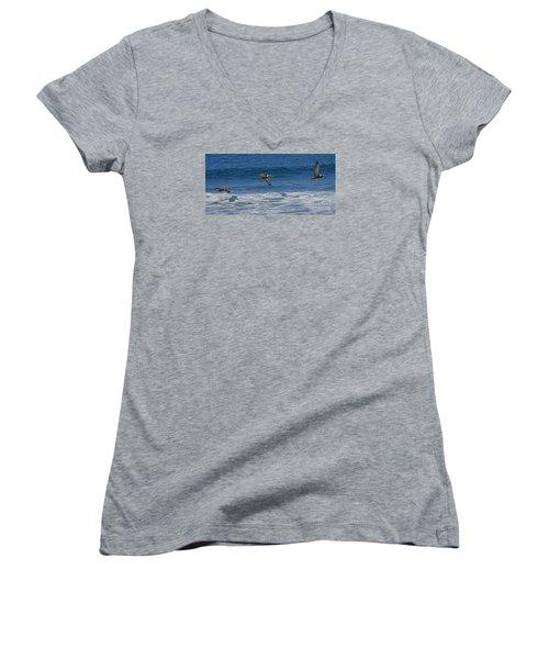 Pelican Trio Women's V-Neck T-Shirt