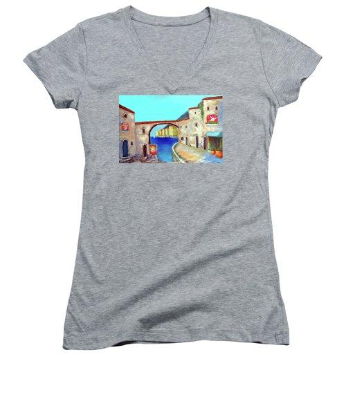 Piazza Del La Artista Women's V-Neck T-Shirt (Junior Cut) by Larry Cirigliano