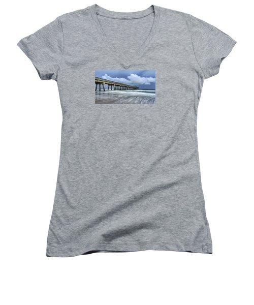 Pier Time Lapse Women's V-Neck T-Shirt