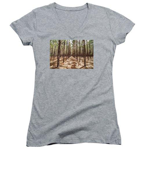 Pine Plantation Wide Color Women's V-Neck