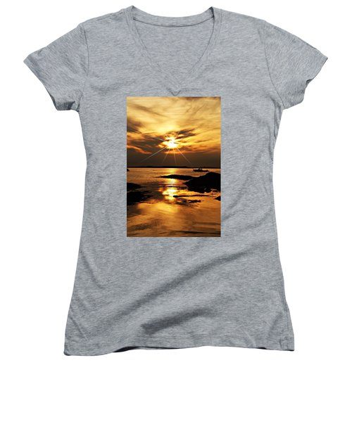 Plum Cove Beach Sunset E Women's V-Neck T-Shirt