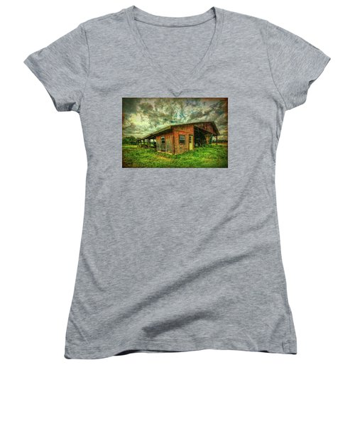 Women's V-Neck T-Shirt featuring the photograph Pole Barn by Lewis Mann