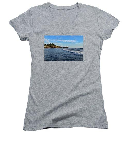 Poneloya Beach Before Sunset Women's V-Neck