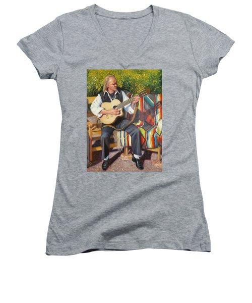 Por Tu Amor Women's V-Neck T-Shirt (Junior Cut) by Donelli  DiMaria