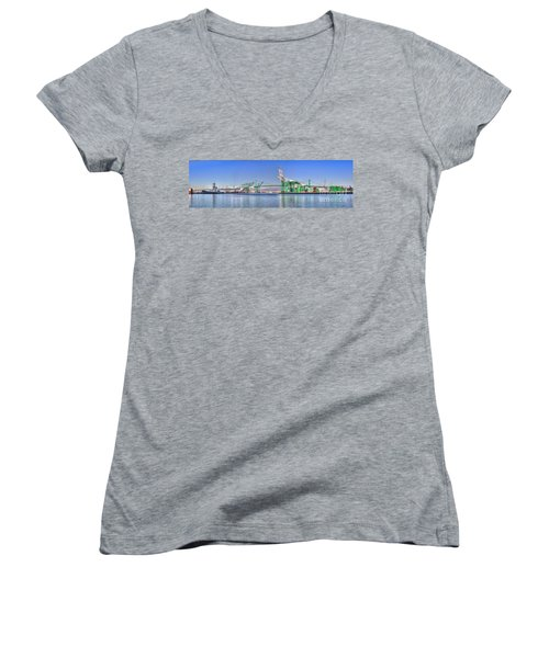 Port Of Los Angeles - Panoramic Women's V-Neck T-Shirt