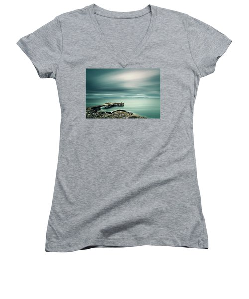 Portencross Pier Women's V-Neck T-Shirt