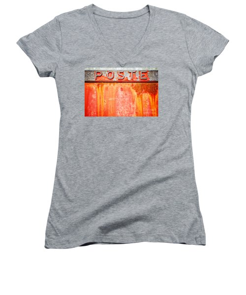 Poste Italian Weathered Mailbox Women's V-Neck T-Shirt
