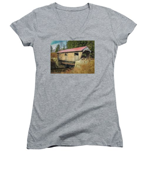 Power House Bridge Women's V-Neck T-Shirt