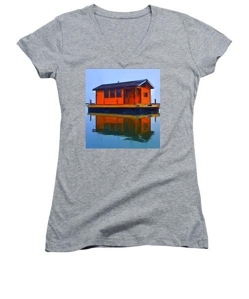 PR1 Women's V-Neck T-Shirt