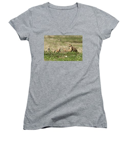 Prairie Dog Family 7270 Women's V-Neck