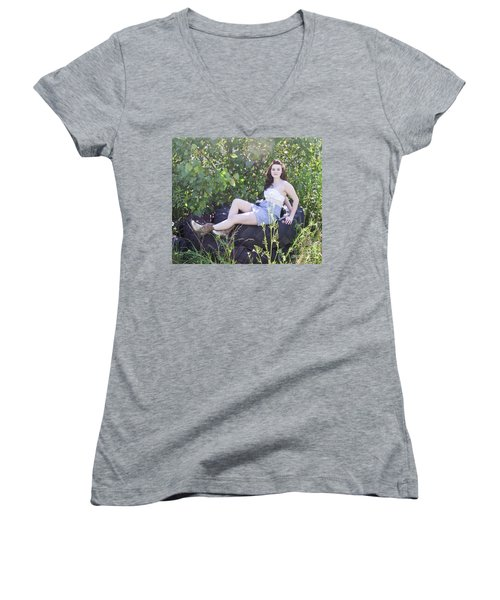 Pretty Farm Girl Women's V-Neck T-Shirt