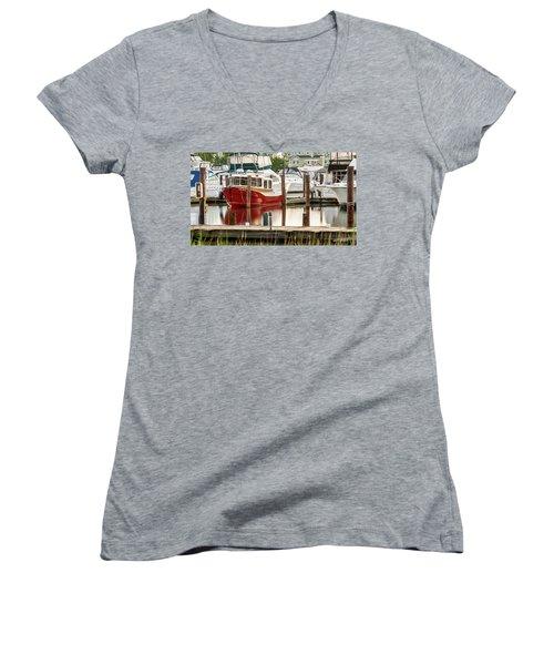 Pretty Red Boat Women's V-Neck T-Shirt