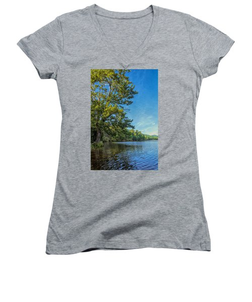 Price Lake Women's V-Neck T-Shirt