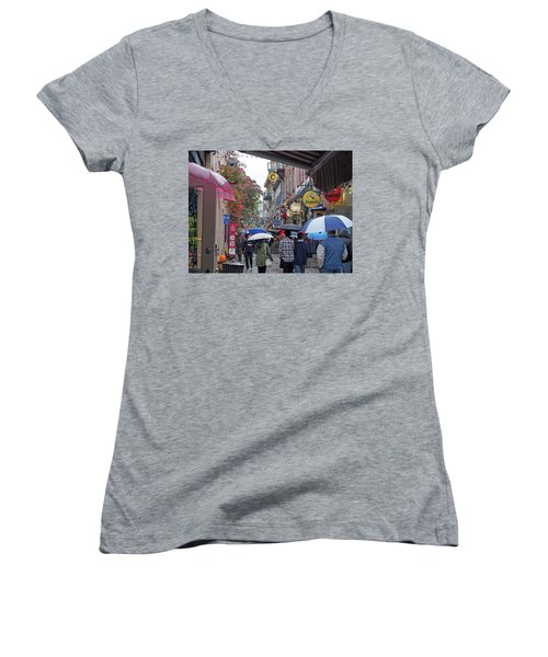 Quebec City Women's V-Neck T-Shirt