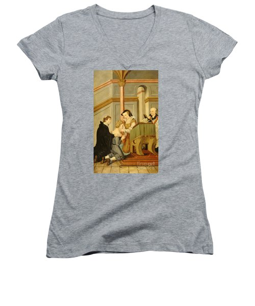 Queen Mary I Curing Subject With Royal Women's V-Neck T-Shirt (Junior Cut)