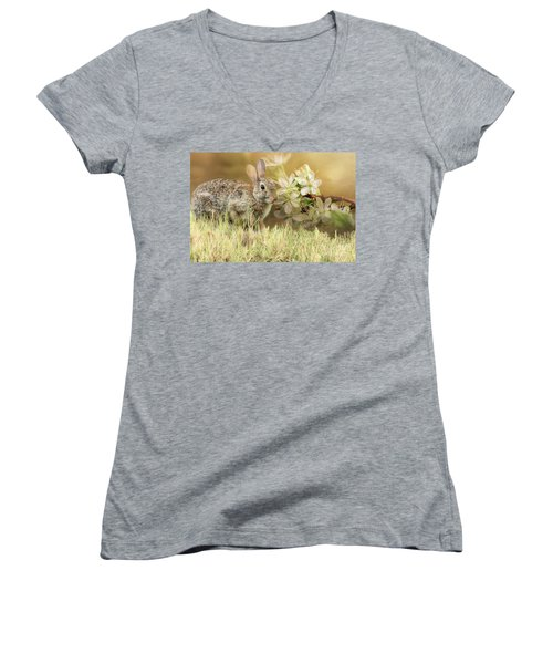 Eastern Cottontail Rabbit In Grass Women's V-Neck (Athletic Fit)