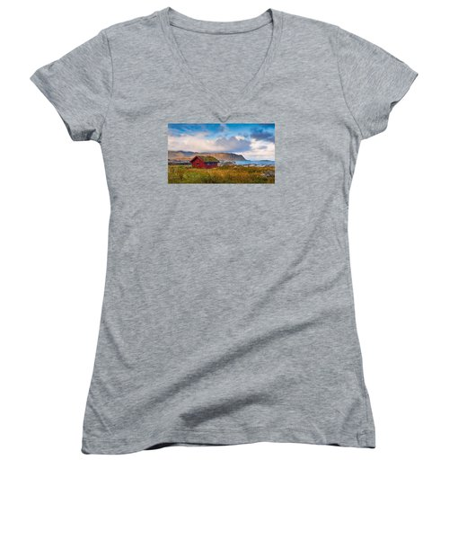 Ramberg Hut Women's V-Neck