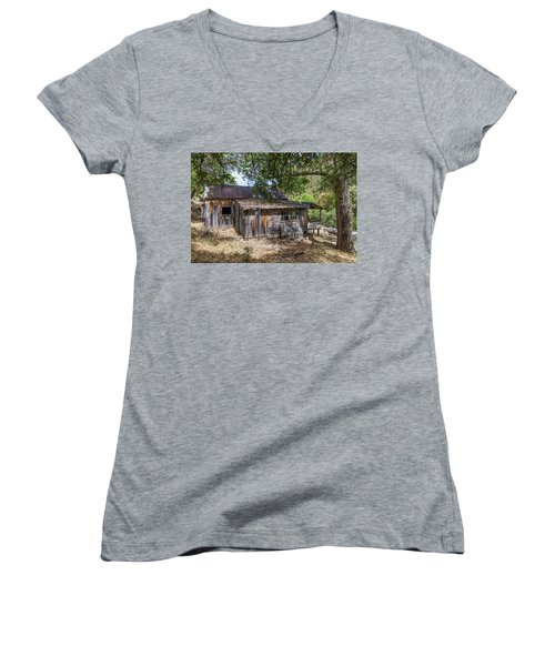 Ramsey Canyon Cabin Women's V-Neck