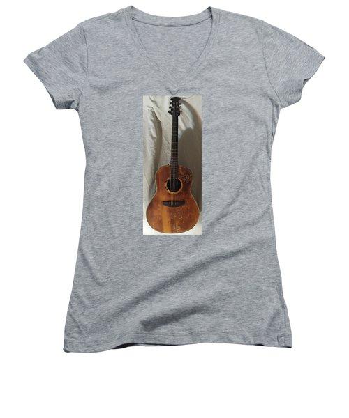 Rat Guitar Women's V-Neck T-Shirt (Junior Cut) by Steve  Hester