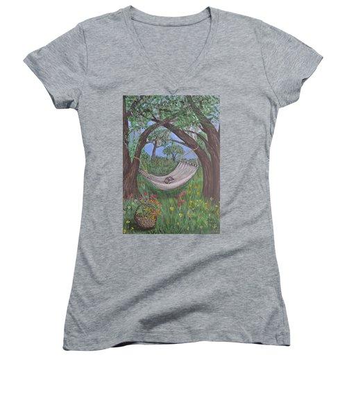 Reading Time Women's V-Neck T-Shirt (Junior Cut) by Debbie Baker