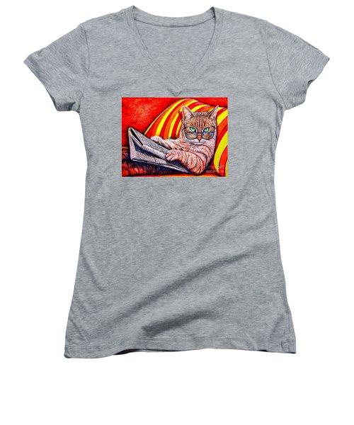 Reading Women's V-Neck T-Shirt
