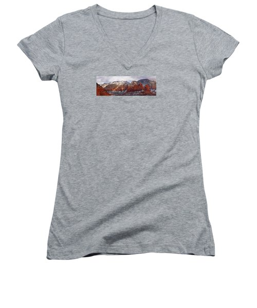 Red Rock Peaks Women's V-Neck