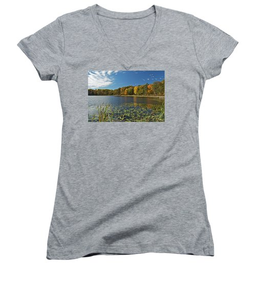 Reed Lake 0162 Women's V-Neck (Athletic Fit)