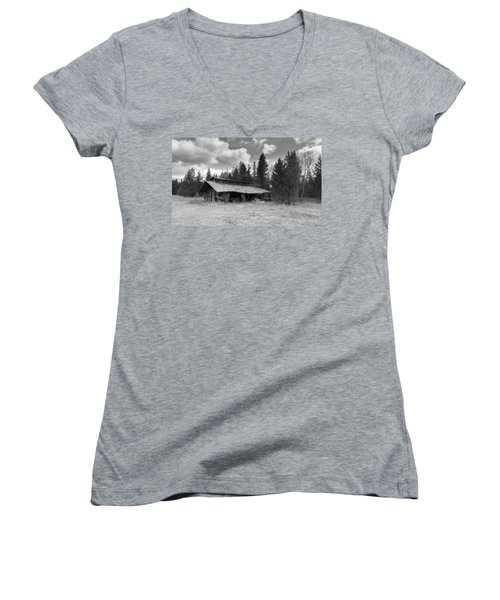 Women's V-Neck T-Shirt featuring the photograph Remnants by Fran Riley