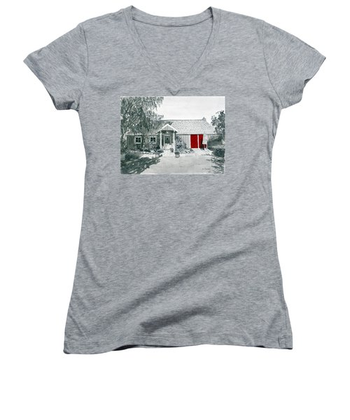 Retzlaff Winery With Red Door No. 2 Women's V-Neck T-Shirt (Junior Cut) by Mike Robles