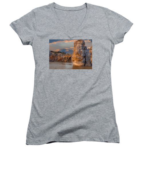 River Cruise Women's V-Neck