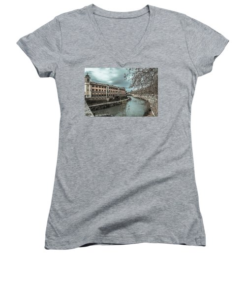 River Tiber Women's V-Neck (Athletic Fit)