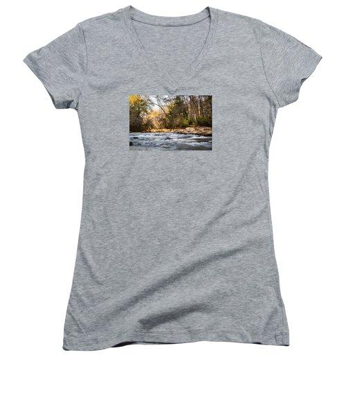 River View Women's V-Neck