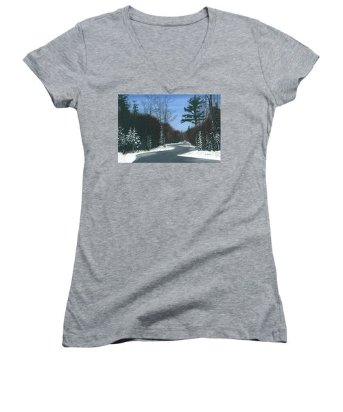 Road To Northport - Winter Women's V-Neck T-Shirt