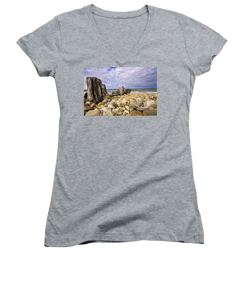 Rocky Beach In Springs Ny Women's V-Neck T-Shirt