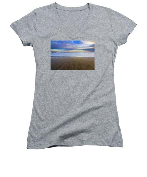 Roger's Beach Shorebreak Women's V-Neck T-Shirt