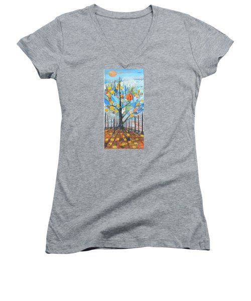 Roots Women's V-Neck (Athletic Fit)