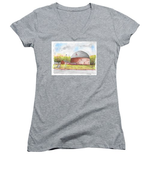 Round Barn In Route 66, Arcadia, Oklahoma Women's V-Neck (Athletic Fit)