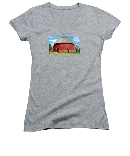 Route 66 - Round Barn Women's V-Neck T-Shirt (Junior Cut) by Frank Romeo