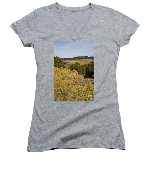Rt 72 Utah Women's V-Neck T-Shirt