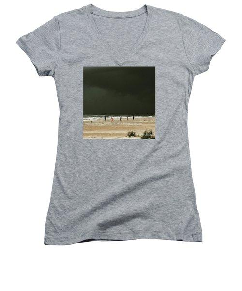 Run Women's V-Neck T-Shirt