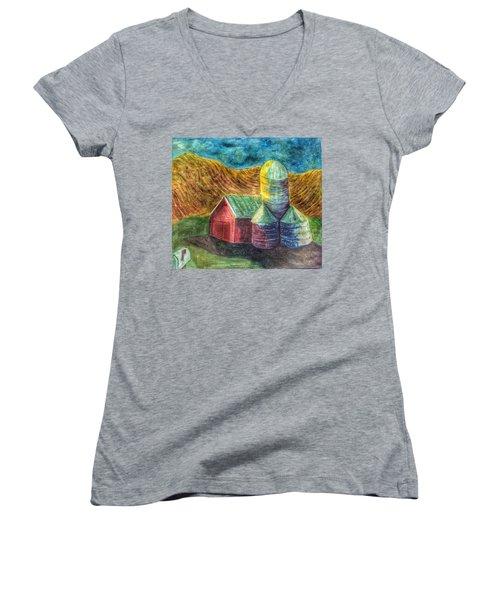 Rural Farm Women's V-Neck T-Shirt