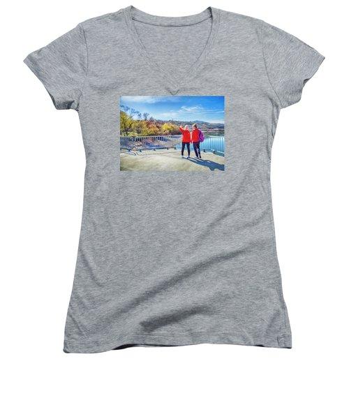 Russian Selfie Women's V-Neck T-Shirt (Junior Cut) by Theresa Tahara