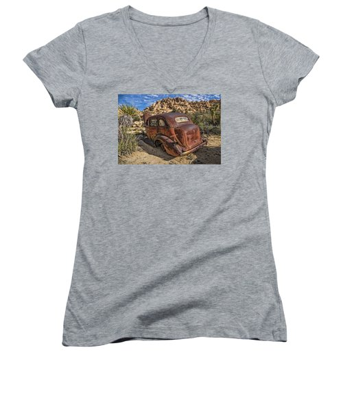 Rust Bucket Women's V-Neck