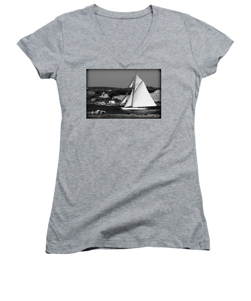 sailboat - a one mast classical vessel sailing in one of the most beautiful harbours Port Mahon Women's V-Neck T-Shirt (Junior Cut) by Pedro Cardona