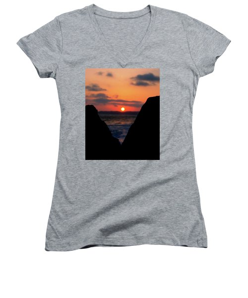 San Clemente Beach Rock View Sunset Portrait Women's V-Neck T-Shirt (Junior Cut)