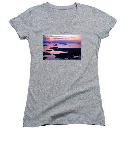 San Juans Tranquility Women's V-Neck T-Shirt (Junior Cut) by Mike Reid