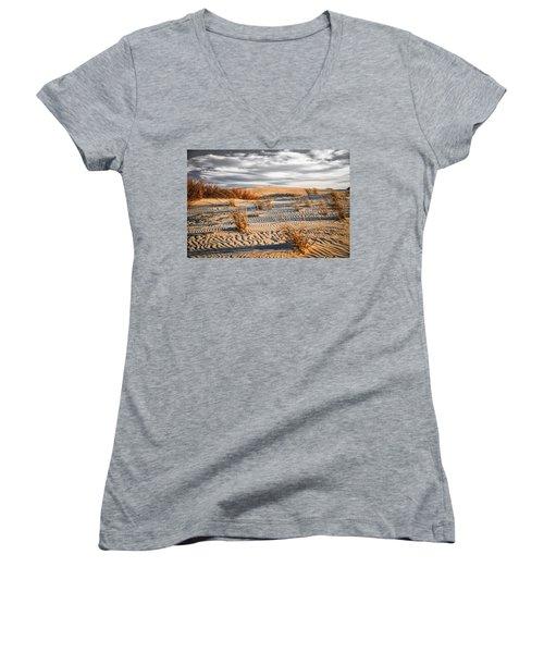 Sand Dune Wind Carvings Women's V-Neck T-Shirt (Junior Cut)