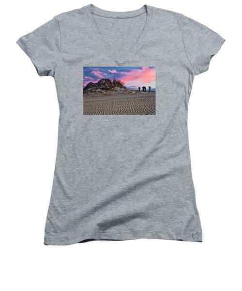 Sand Dunes Of Kitty Hawk Women's V-Neck T-Shirt (Junior Cut)